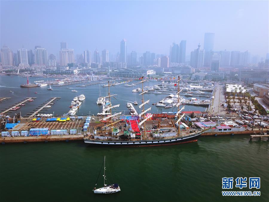 强图打榜 >> 正文    当日,2017第九届青岛国际帆船周·青岛国际海洋