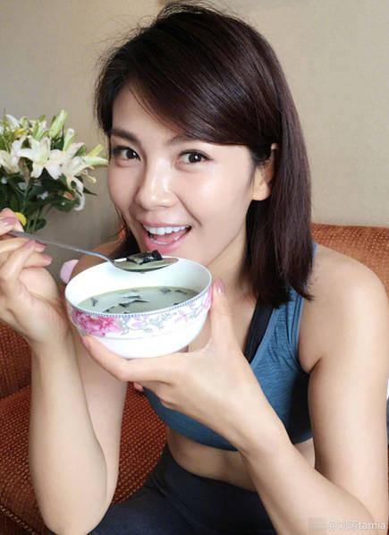 刘涛晒生活照.(资料图)