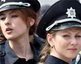 这些女警,每个都可以参加选美