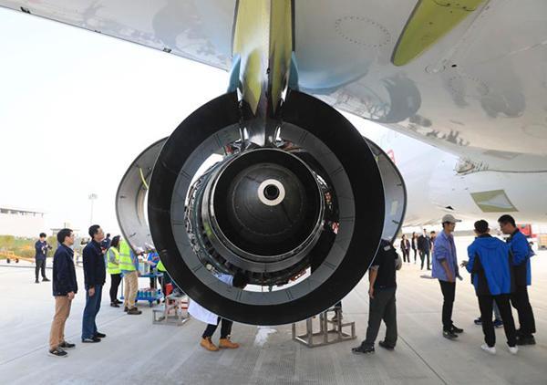 第2架国产大飞机c919昨天点火实验 还与第一架同框