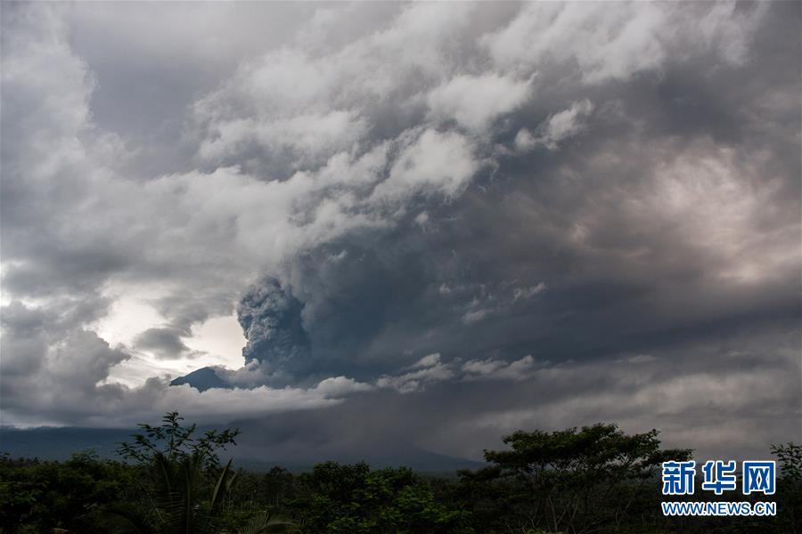 (国际)(2)印尼巴厘岛火山喷发
