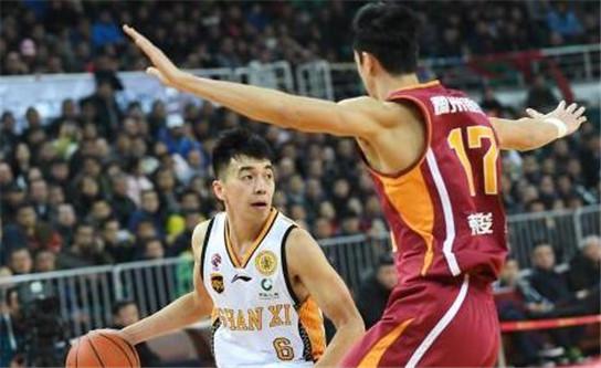 CBA常规赛 山西男篮主场106-102击败浙江男篮
