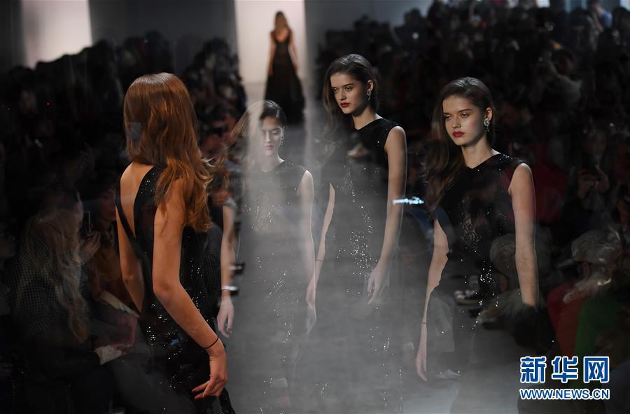 (国际)(2)2018纽约时装周开幕