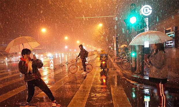 北京30年一遇的雪景画面.jpg