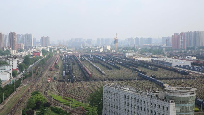 列车.jpg