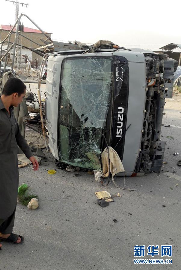 (国际)(3)巴基斯坦发生自杀式袭击至少5名警察遇难