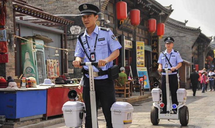 #(社会)(2)警用巡逻平衡车亮相平遥古城