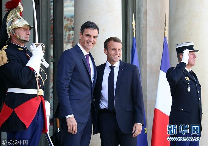 法国总统马克龙会见西班牙首相桑切斯(图)
