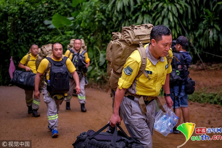 泰国少年足球队失联一周 中国救援队抵达现场参与搜救图片 456861 900x600