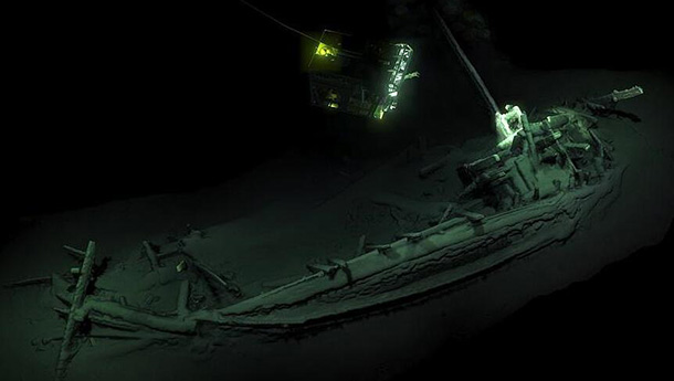 黑海发现世界最古老完整沉船-沉睡2400年.jpg