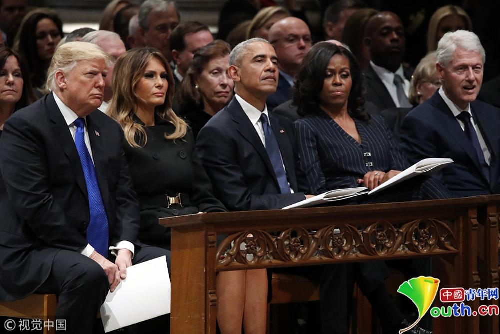 """特朗普就任以来与奥巴马首次""""搭话""""图片"""