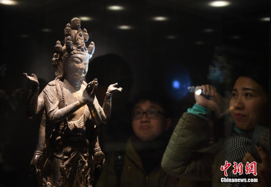 """十六国至五代佛教金铜造像""""特展在杭州举行"""