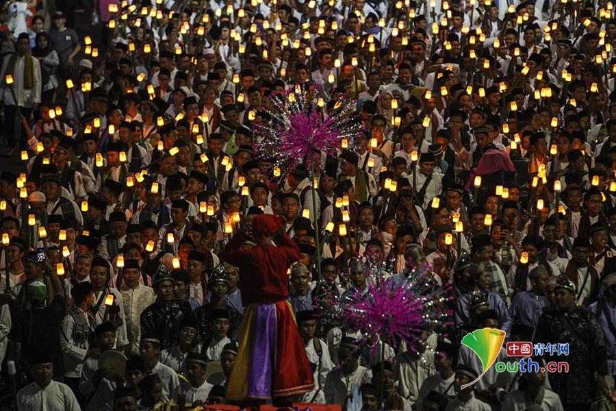 印尼键盘举火炬v键盘到来伊斯兰教新年欢庆我的世界民众操作说明图片
