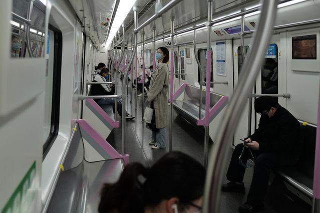 武汉地铁今日恢复运营