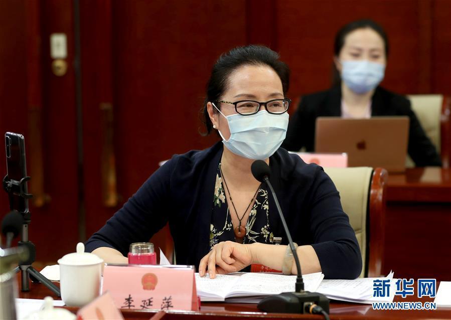 代表委员聚焦国家公共卫生安全建设