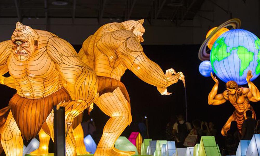 中国灯展亮相加拿大国家展览会.jpg