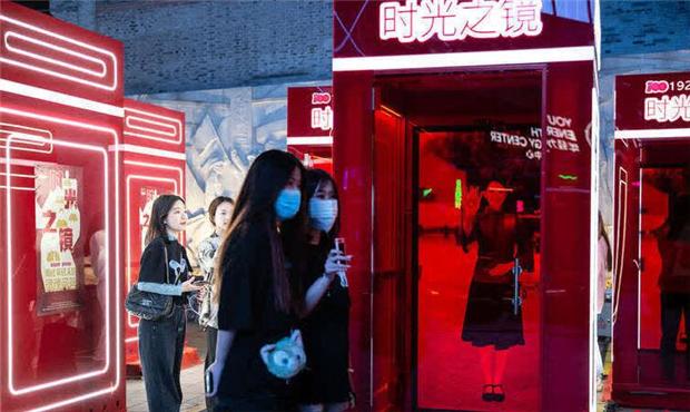 """這個五一假期 在上海街頭遇見""""陳延年"""".jpg"""